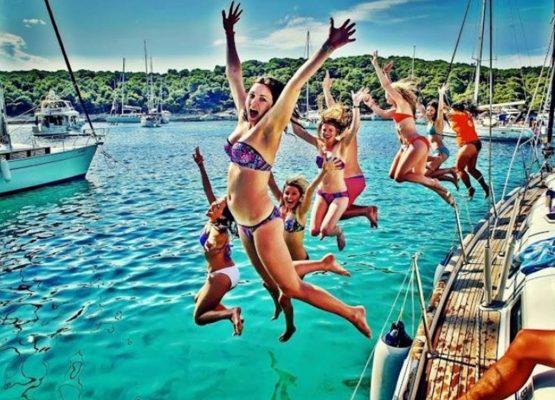 day sailing cruise halkidiki